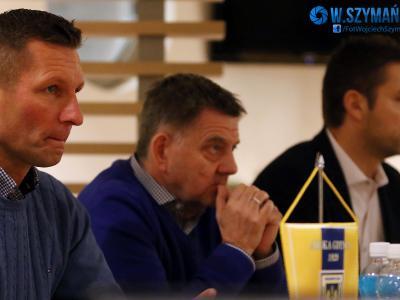 Fotorelacja: Spotkanie z działaczami i trenerem